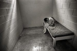 http://accesslocal.tv/2011/07/09/kids-should-not-be-put-on-death-trials/children-in-prison-juvenile-incarceration-photo-by-steve-liss4/